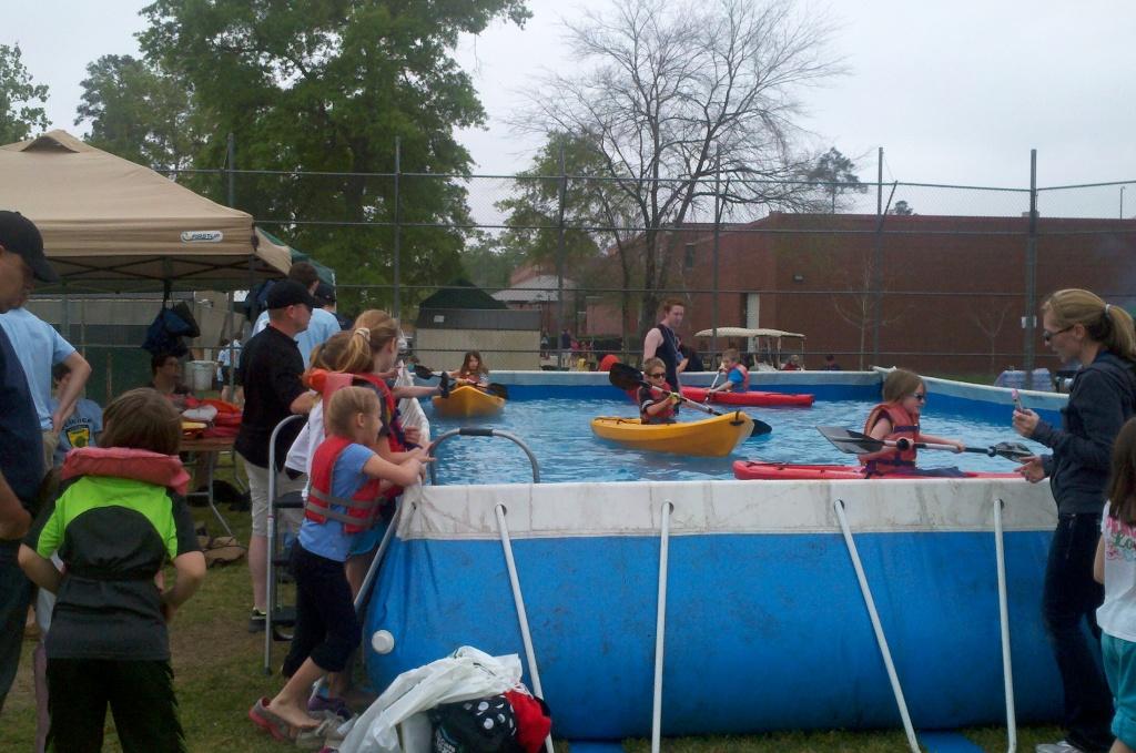 Kayak Tank 03.jpg