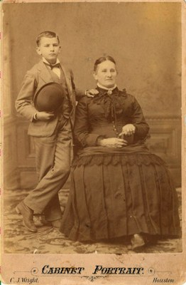 Pat Neff with his mother, Isabella Neff