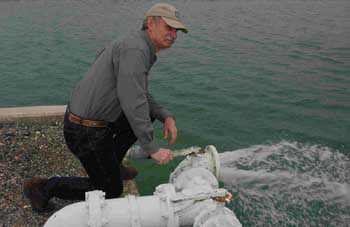 Short reports life of a hatchery manager for Tpwd fishing reports