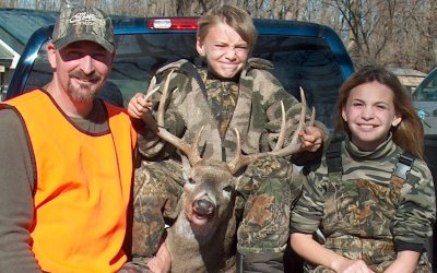 Richard, Charlie and Sarah Gainey with Charlie's deer.