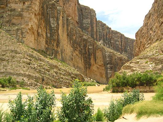 trans pecos-cliff and outcrop-39.jpg