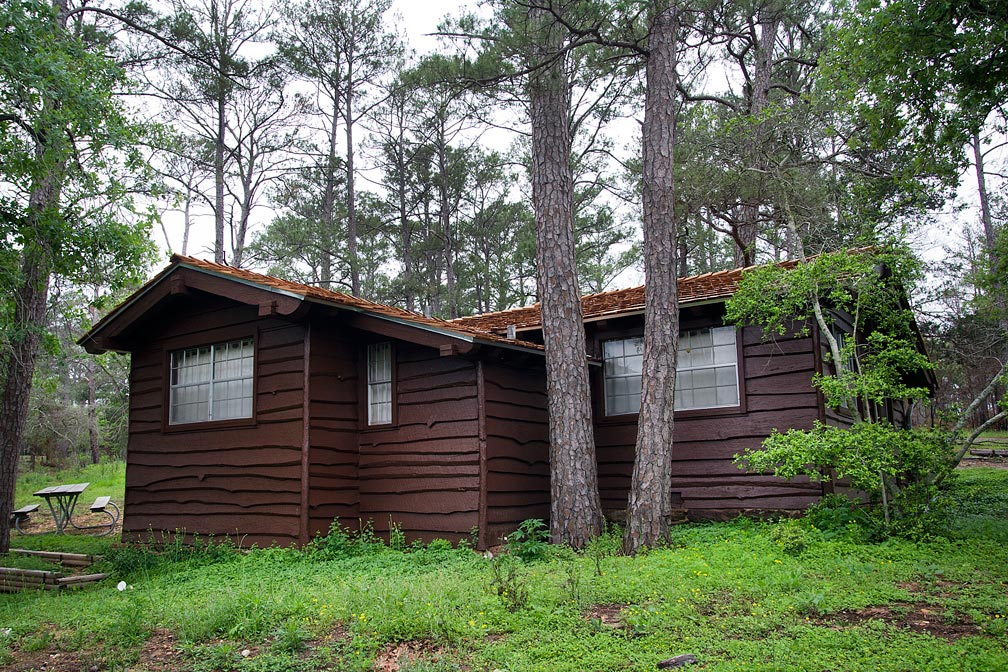 A view of the outside back and side of Cabin 10.