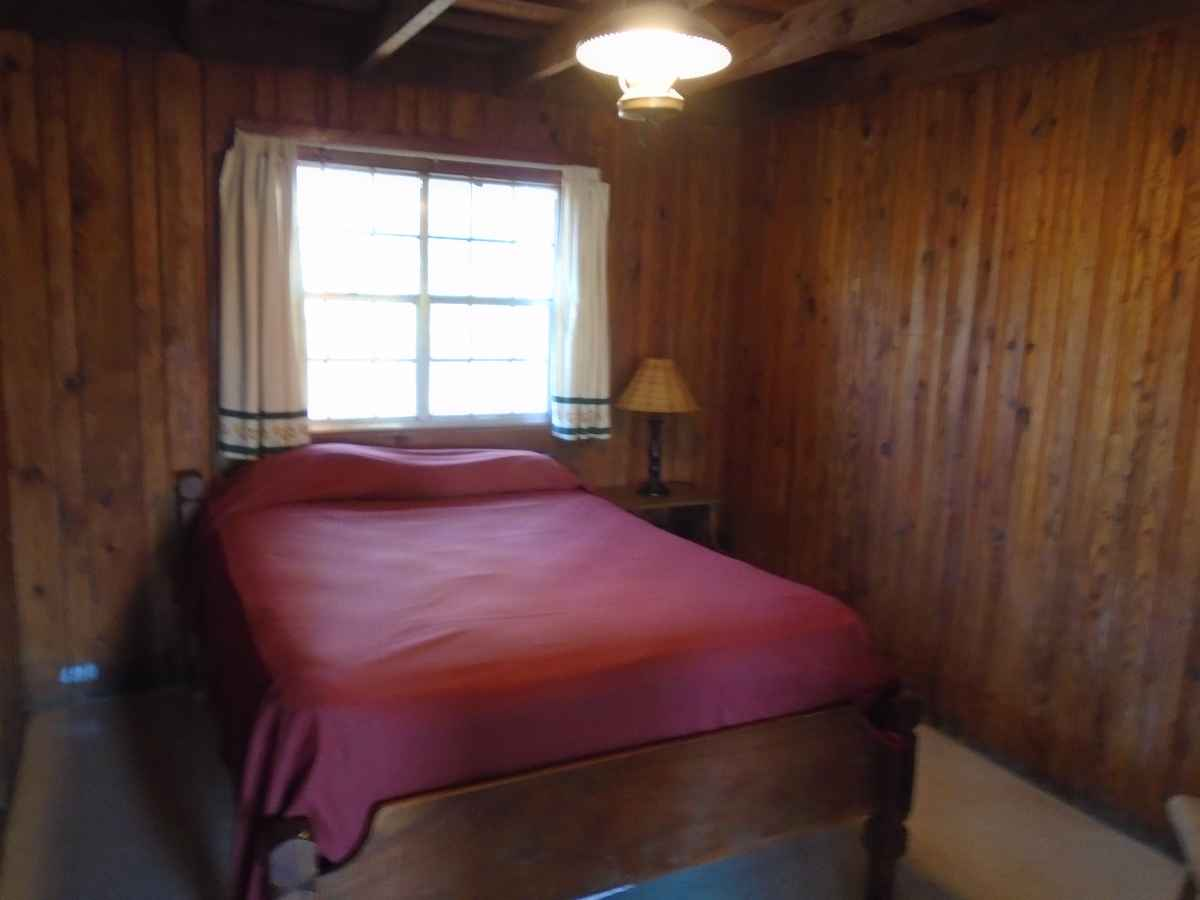 Bedroom 1 and 2 have a double bed.