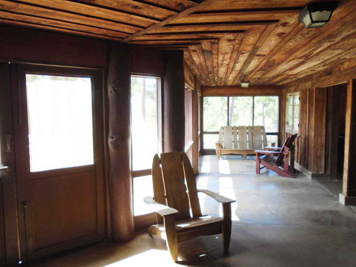 Another view of the huge back screened porch of Cabin 12.