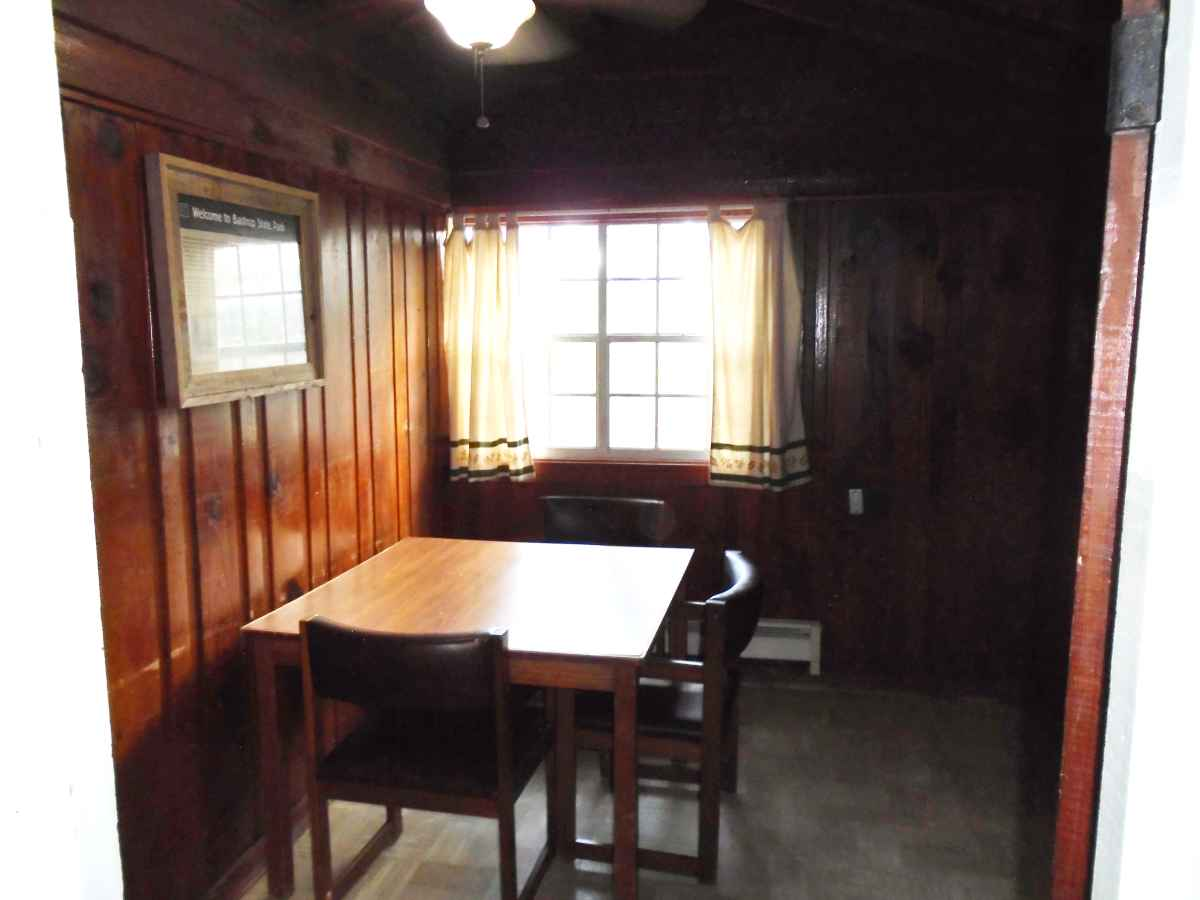 The dining room in Cabin 9.