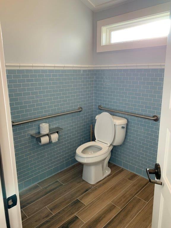 Wheelchair accessible bathroom toilet.