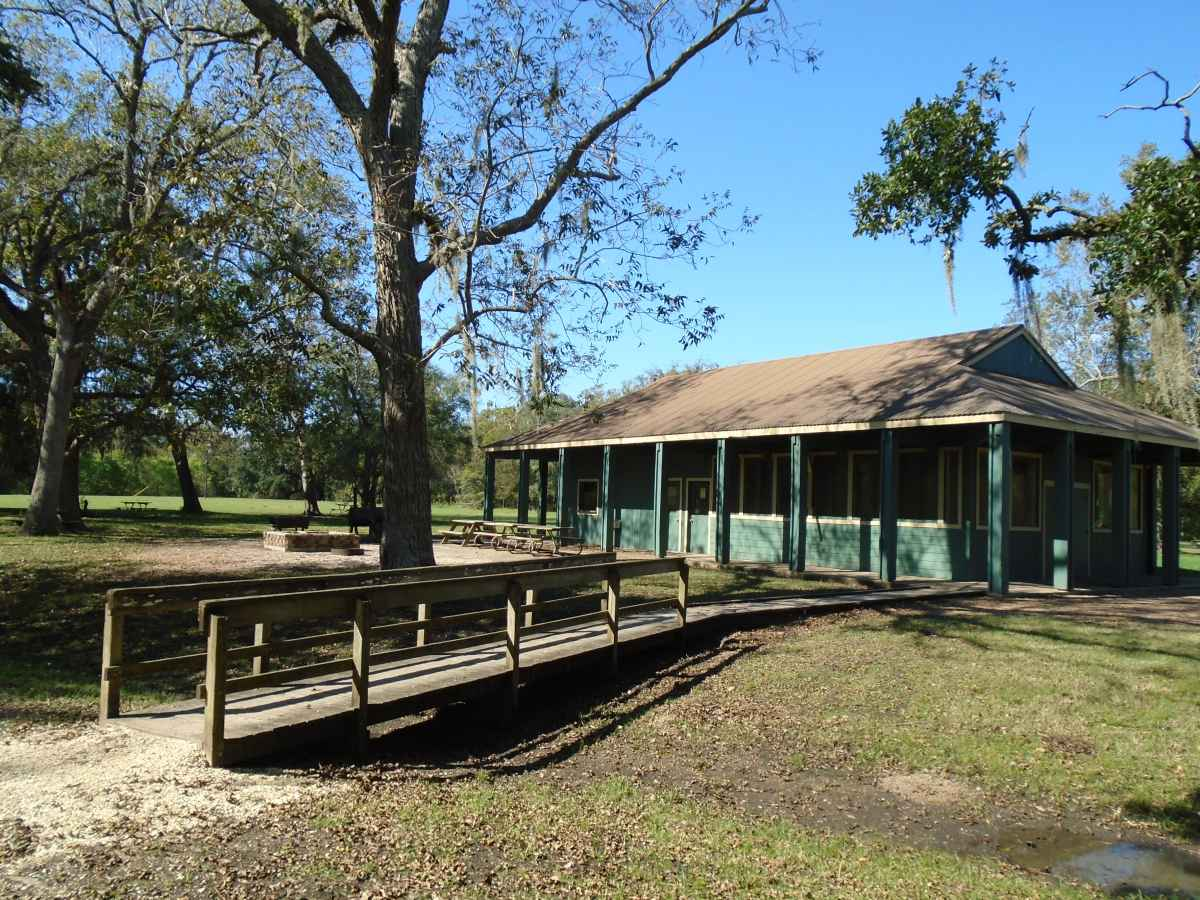Brazos Bend State Park Group Hall With Kitchen Dining