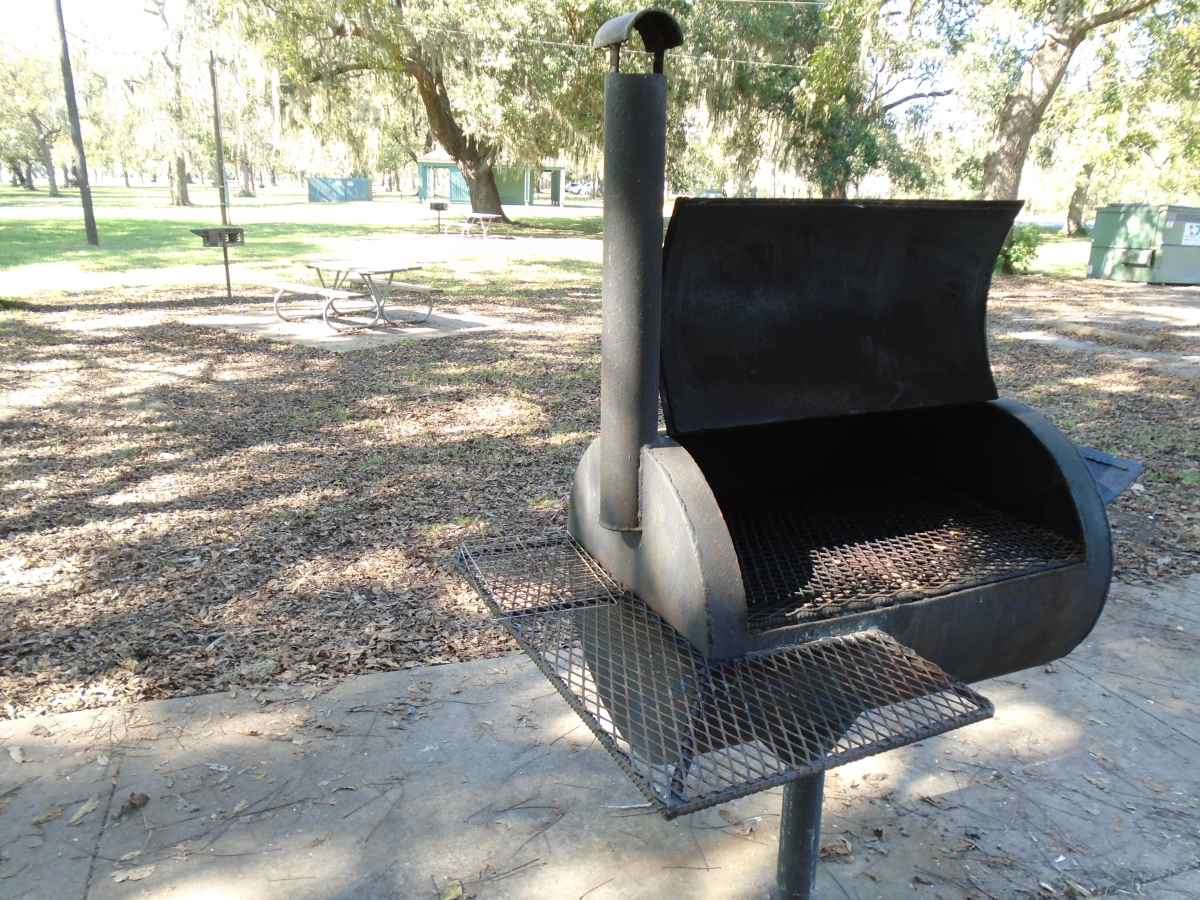 A cooking grill at the Pavilion #1 in the Hale Lake area.