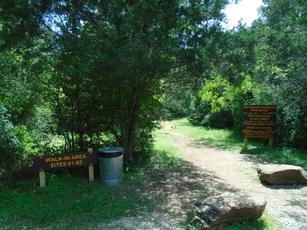 The entrance trail head for Walk-in Campsites 61-65.