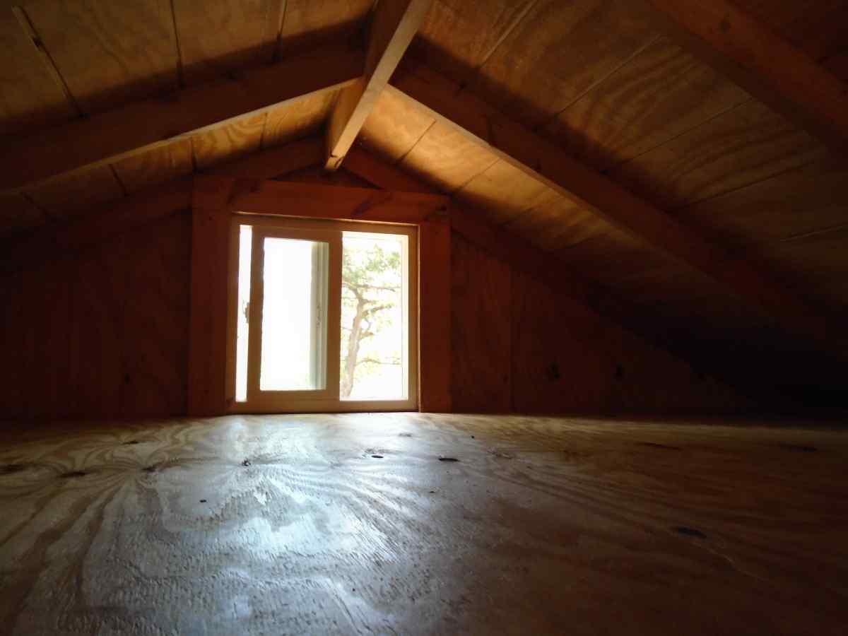 Inside Premium Screened Shelter 4.
