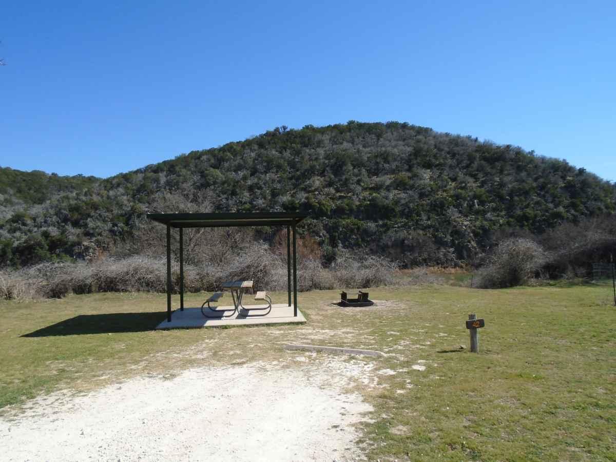 Drive-up Basic Campsite 42.