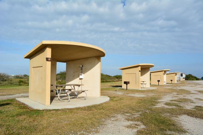 Standard (Premium Bayfront) Campsite 16