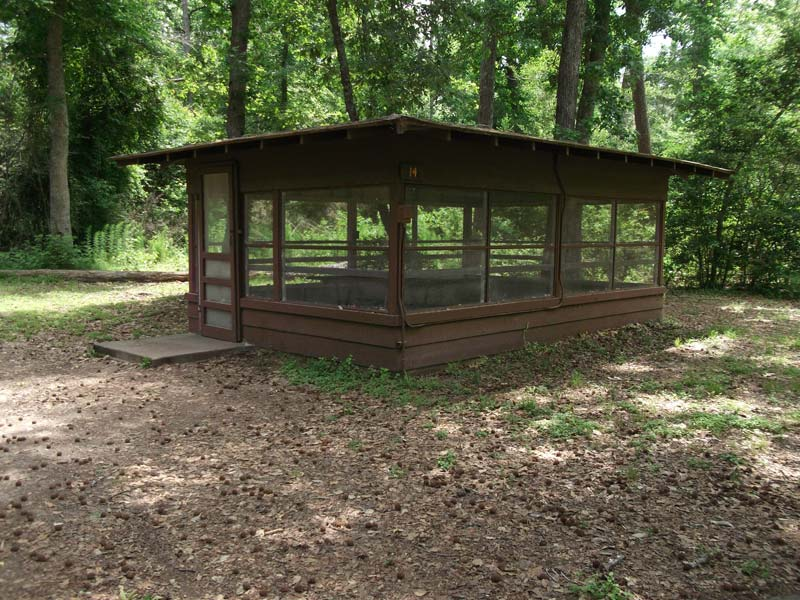 Another view of Screened Shelter #14.