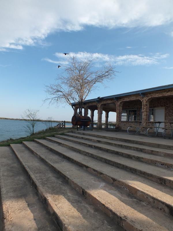 Lake Casa Blanca International State Park Group Recreation