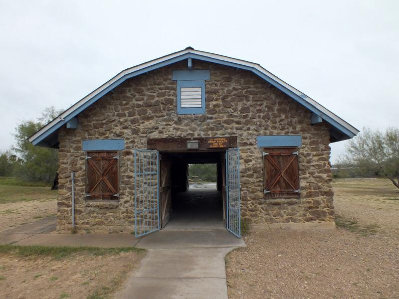 Lake Casa Blanca International State Park Pavilion Rock