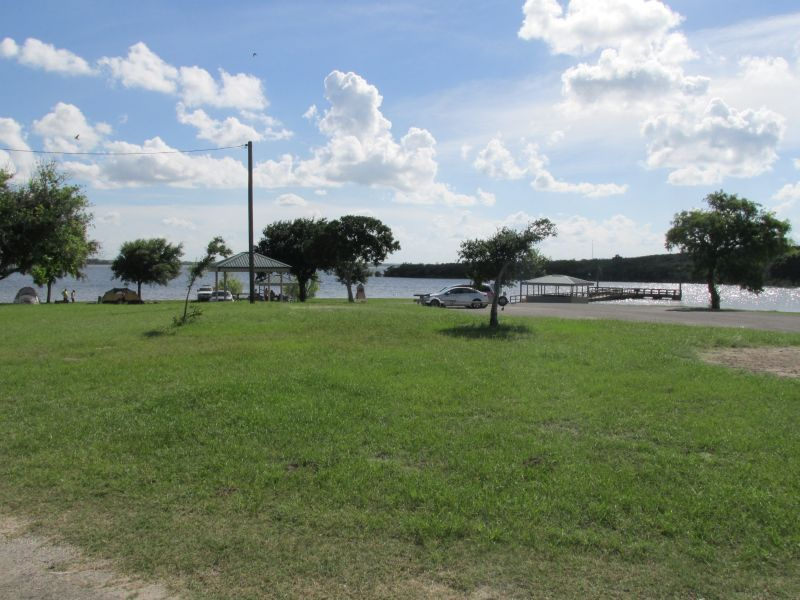 Lake corpus christi state park campsites with water for Lake corpus christi fishing