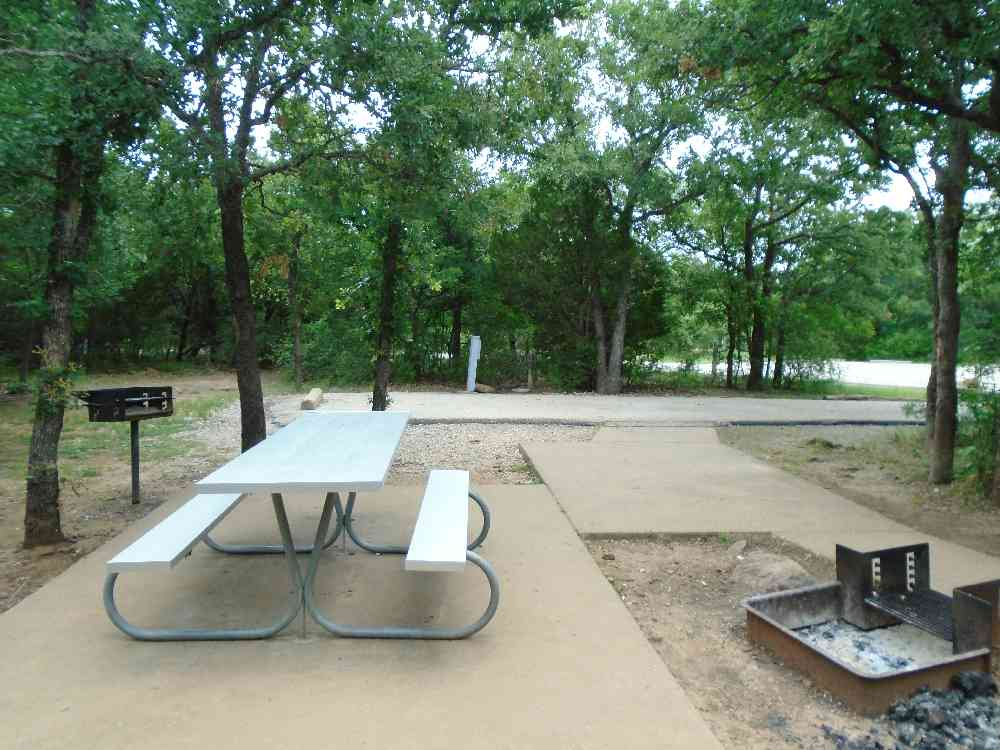 Campgrounds & Campsites in or near Mineral Wells TX