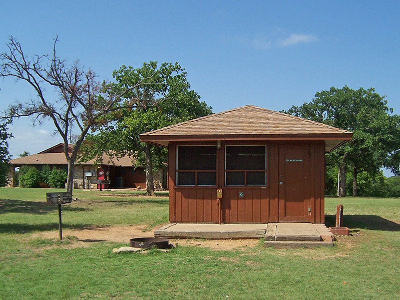 Lake Mineral Wells State Park & Trailway Screened Shelters