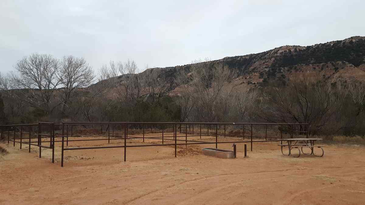 Four joined horse pens are first come, first serve. Each horse pen holds up to two horses. You can bring portable panels.