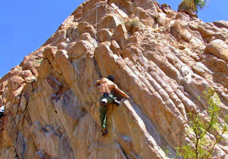 rockclimbing3