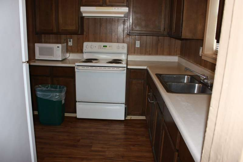 The Longhorn Lodge kitchen (8-person cabin).