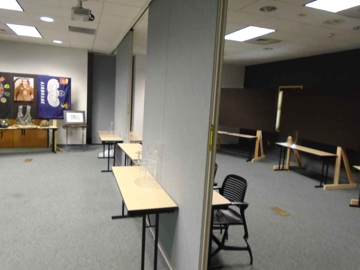 The Meeting Room can be divided into two rooms.