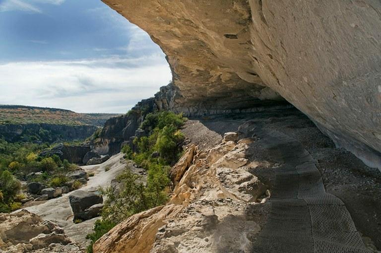 Rock shelter at Seminole Canyon SP