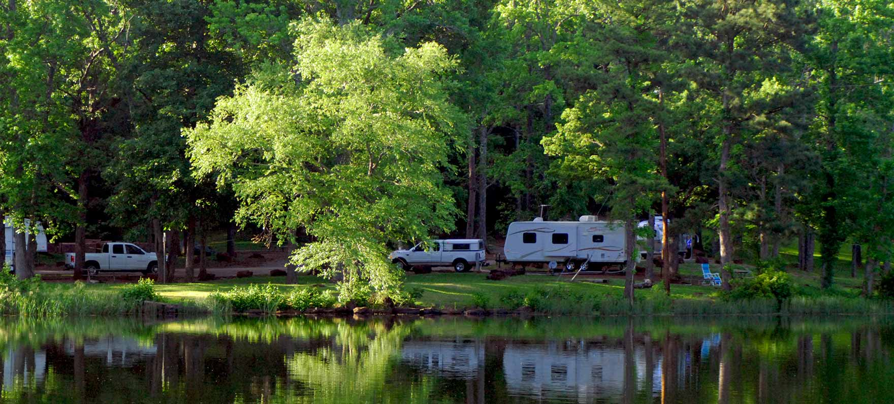 Tyler state park texas parks wildlife department for Campsites with fishing