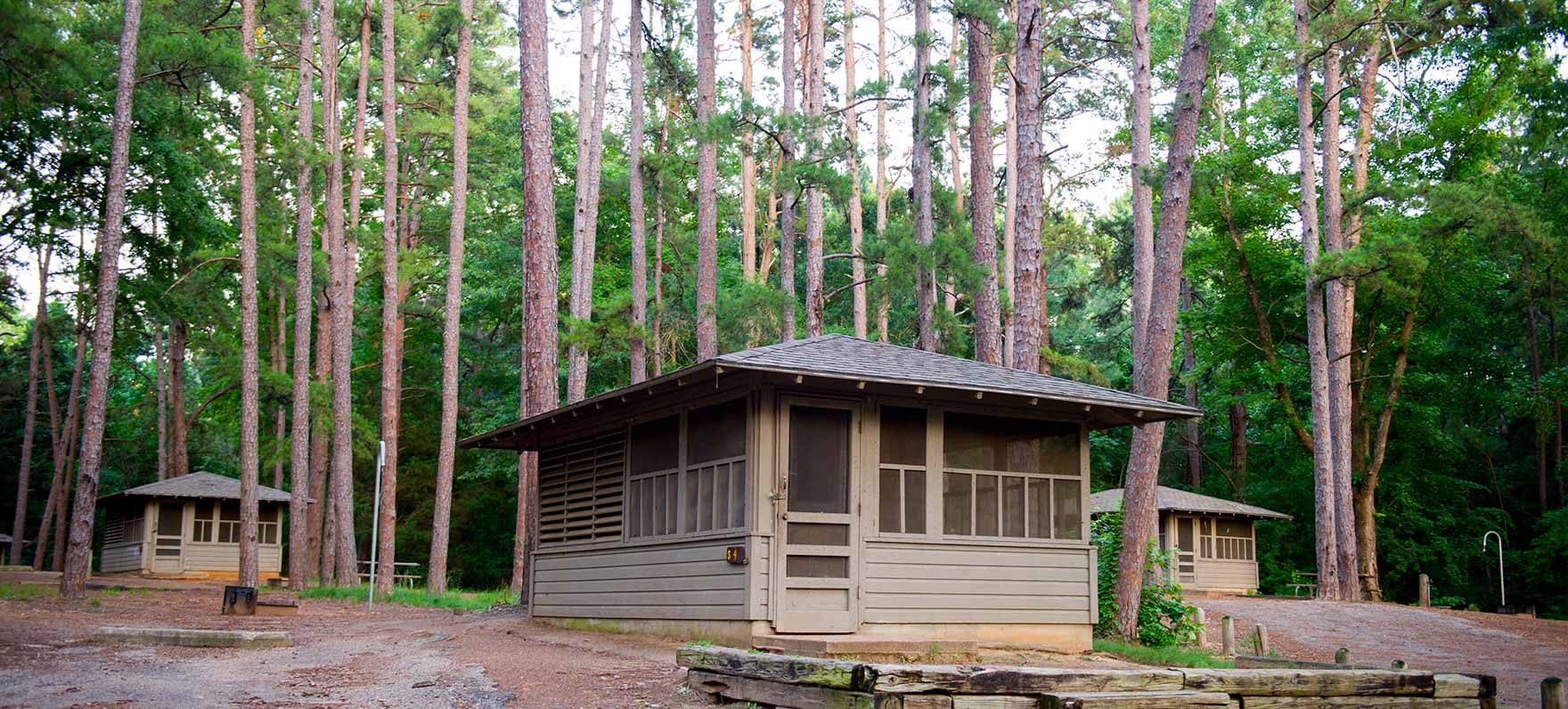 Tyler state park texas parks wildlife department for Camp sites with cabins